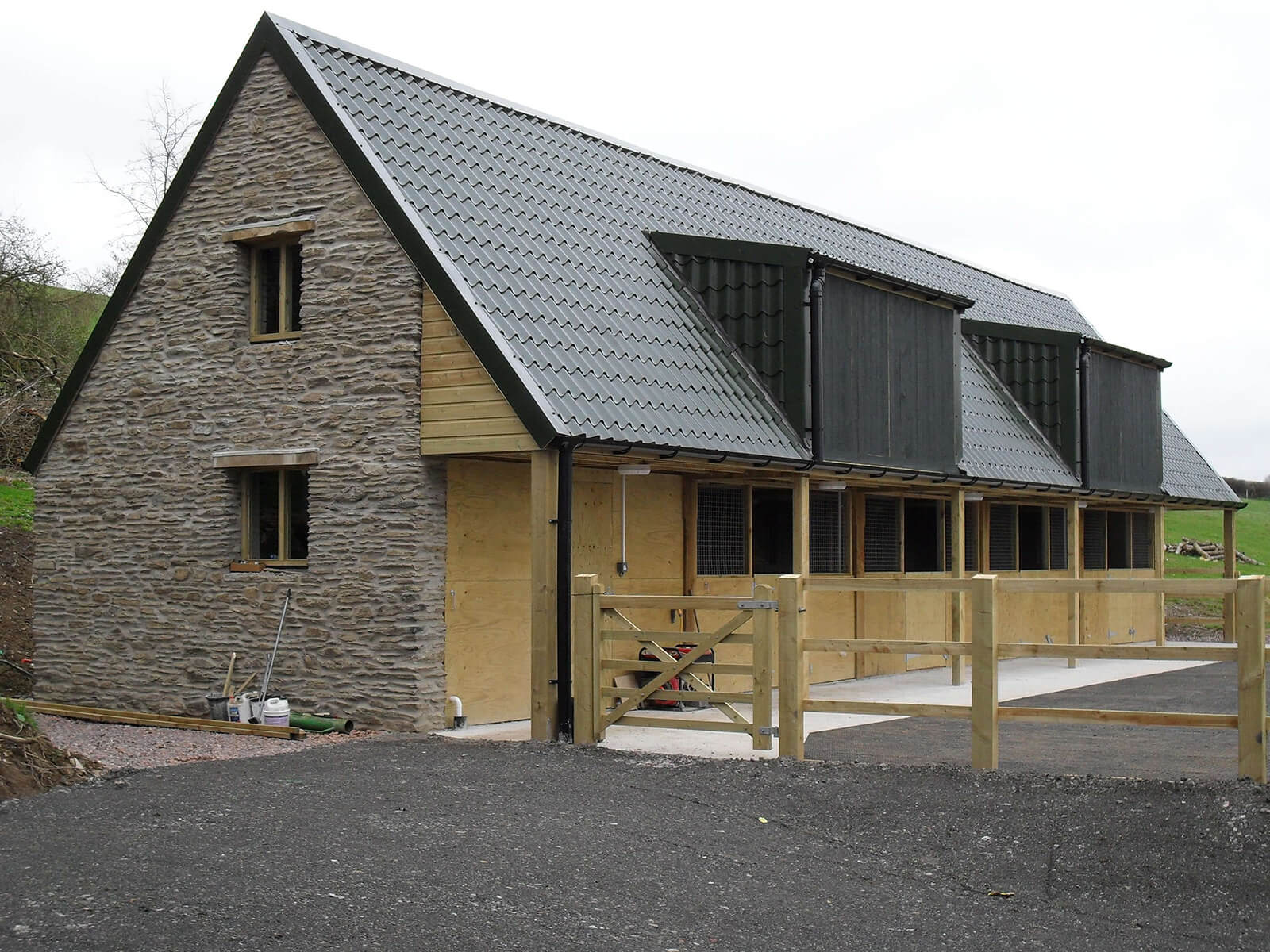 Tile form Sheeting on Stable Block