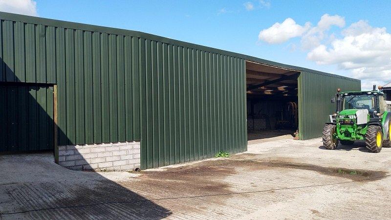 Juniper Green 32/1000 Side Cladding on agricultural barn