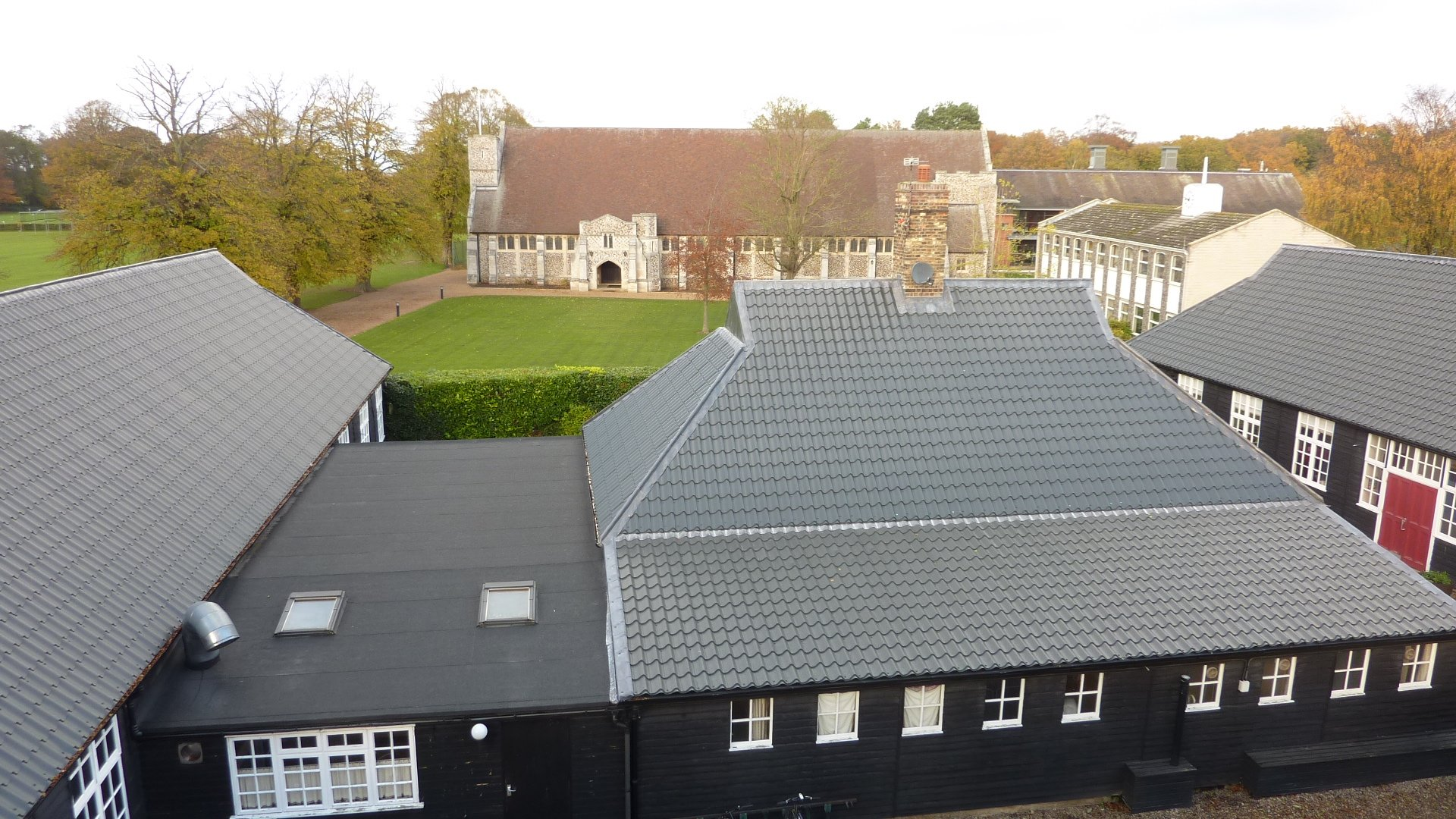 Gresham's School in Norfolk replaces thatch roof with Tileform Sheeting