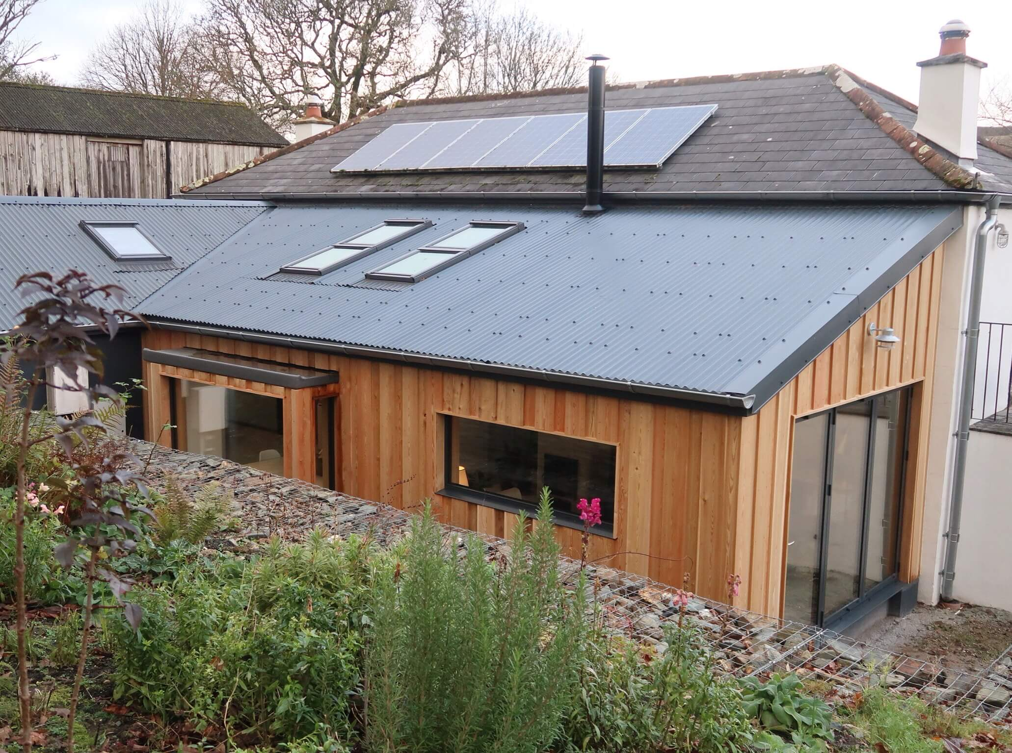 Simply_six_acres on Instagram have added this beautiful extension to their existing home.